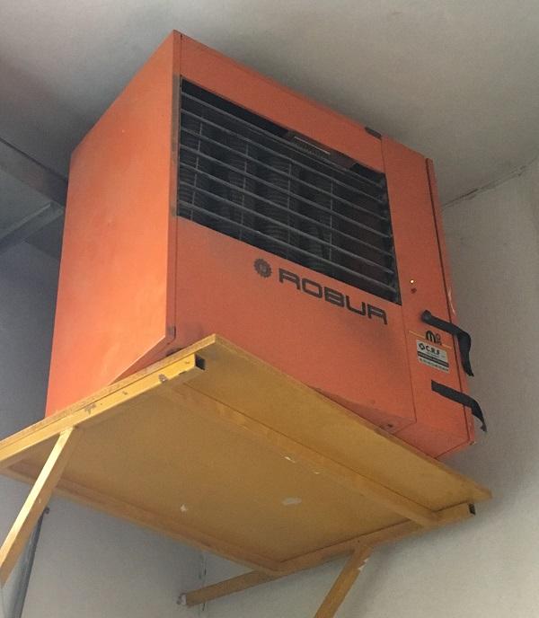 impianto di riscaldamento con radiatori pensili